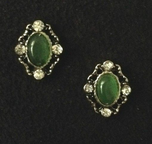 Emerald Green Gem with Crystals #83 - $1.50