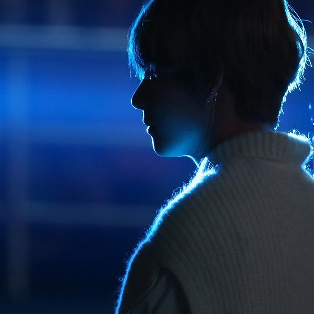 Taetae Blue Aesthetic Dark Bts Aesthetic Pictures Blue Aesthetic #aesthetic #bts #taehyung #dark #black admin:onigiri. taetae blue aesthetic dark bts