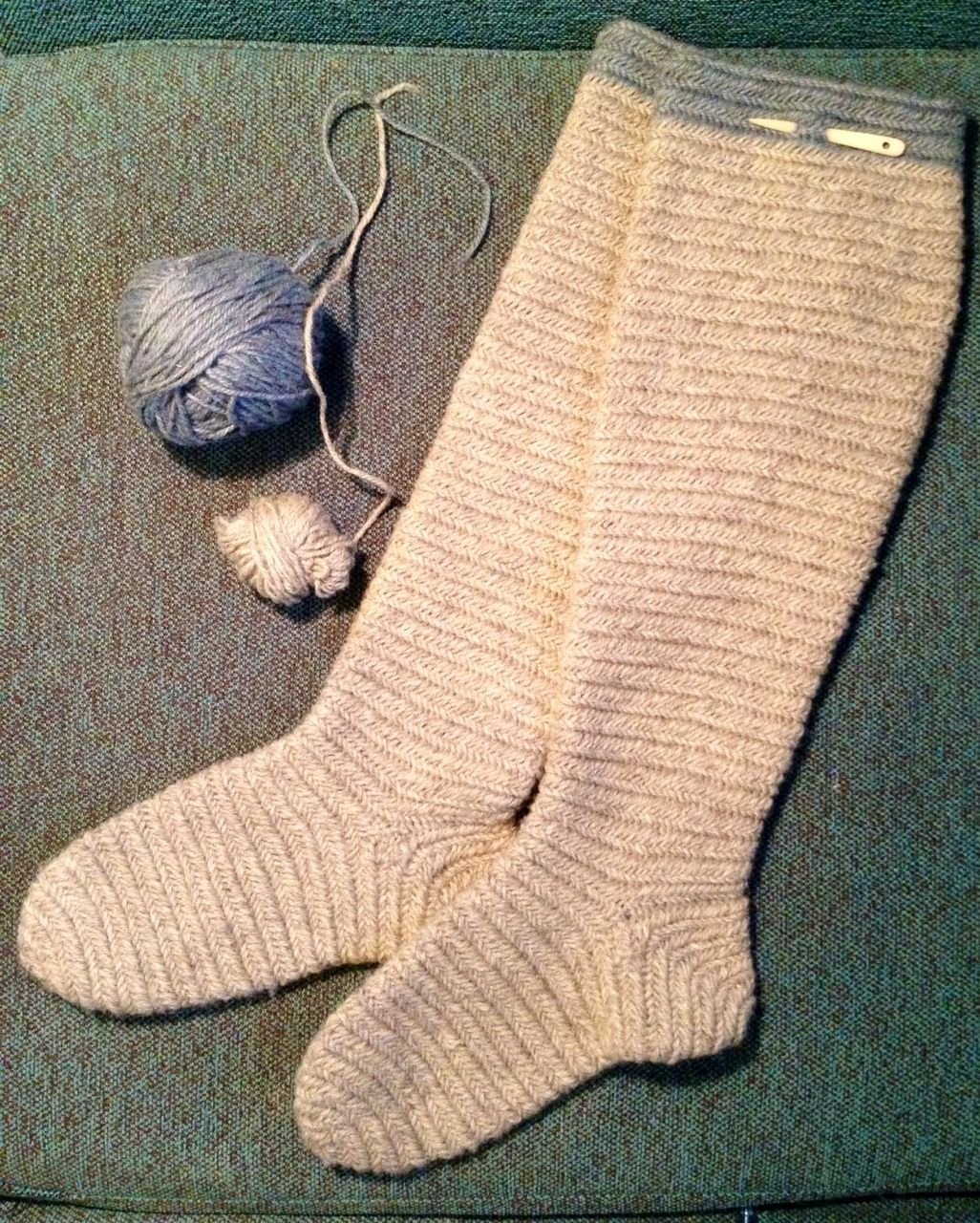 Nalbinded knee high socks. Finnish stich. Natural grey and a little ...