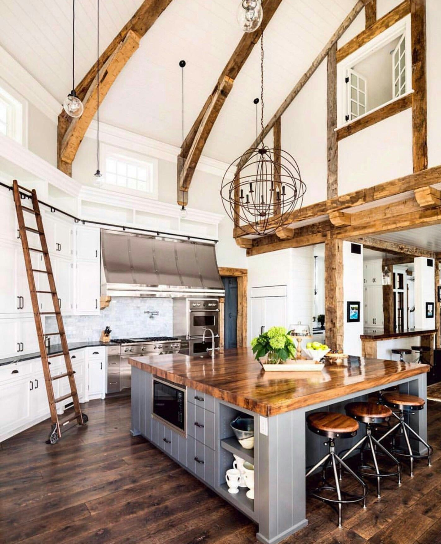 The Perfect Kitchen Wide Open Spacious And A Massive Island Great For All Cooking Gorgeous Ceiling Height Such A House Interior Home Farmhouse Style House