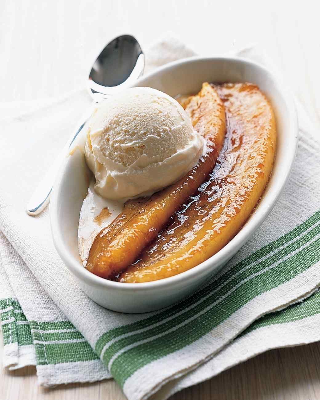 Bananas Foster Split Recipe Recipe Banana Foster Recipe Desserts Food