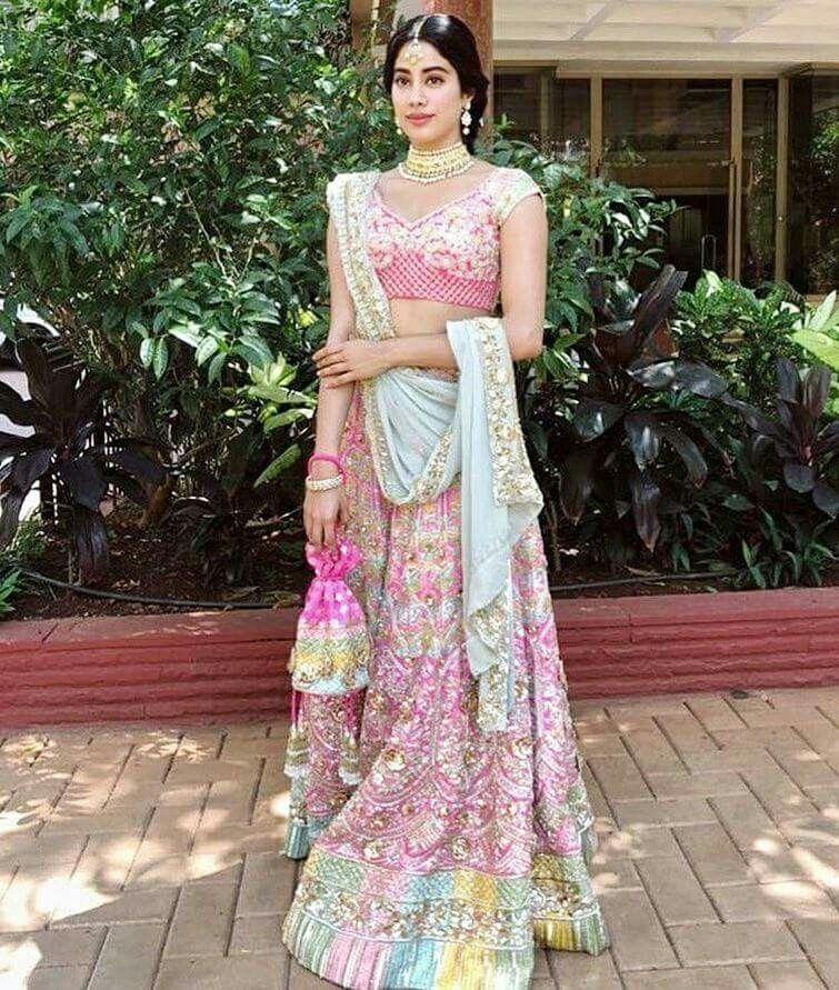 Gorgeous Jhanvi Kapoor At Sonam Kapoor Wedding In A Pink Lehenga Sonam Kapoor Wedding Wedding Lehenga Designs Indian Lehenga