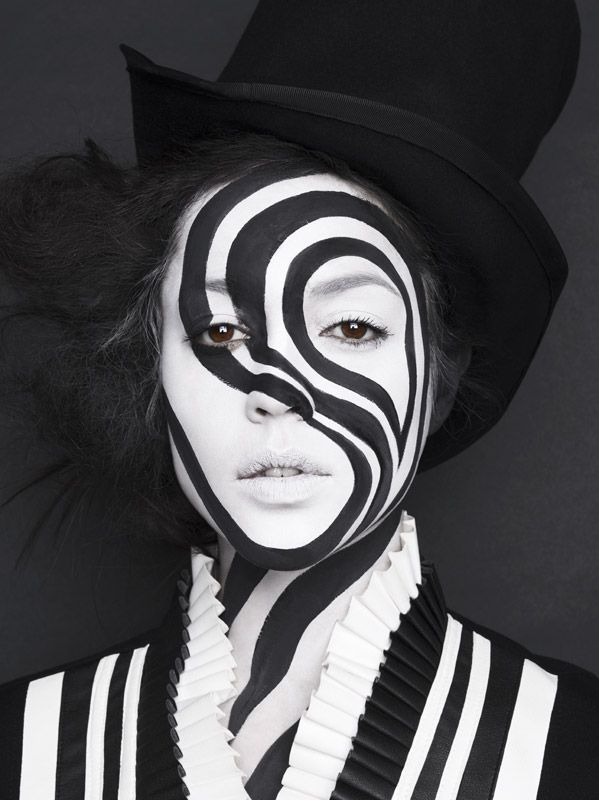 Amazing Black And White Theatrical Makeup Blackandwhite Black White Theatrical Makeup Face Paint Model Stage Zwart Wit Carnaval Carnaval Make Up