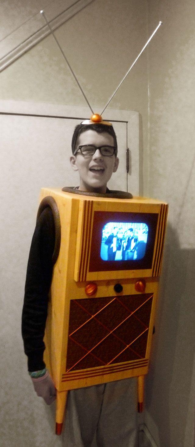 happy halloween!!! television halloween costumewillceau illo