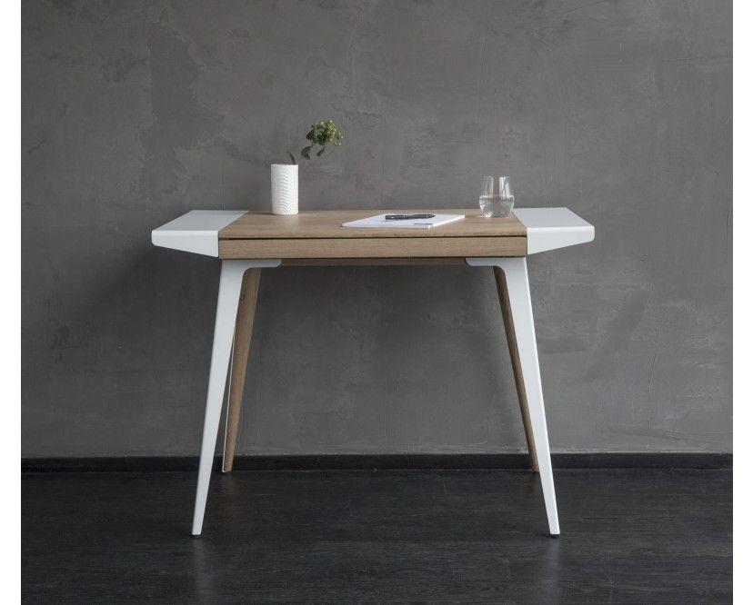 Der Ambitions Schreibtisch Vom Designer Jonas Søndergaard Wurde Für VITA  COPENHAGEN Designt. Er Ist Die