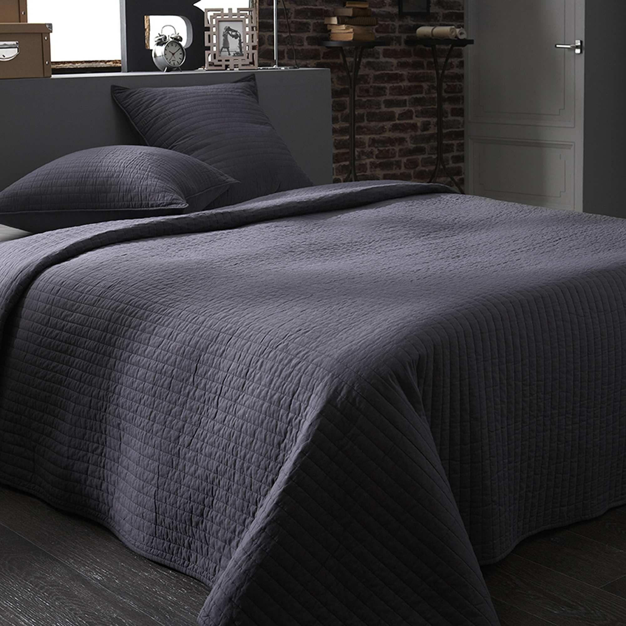 couvre lit boutis promo Couvre lit boutis gris Linge de lit  Plus de codes promo chez   couvre lit boutis promo