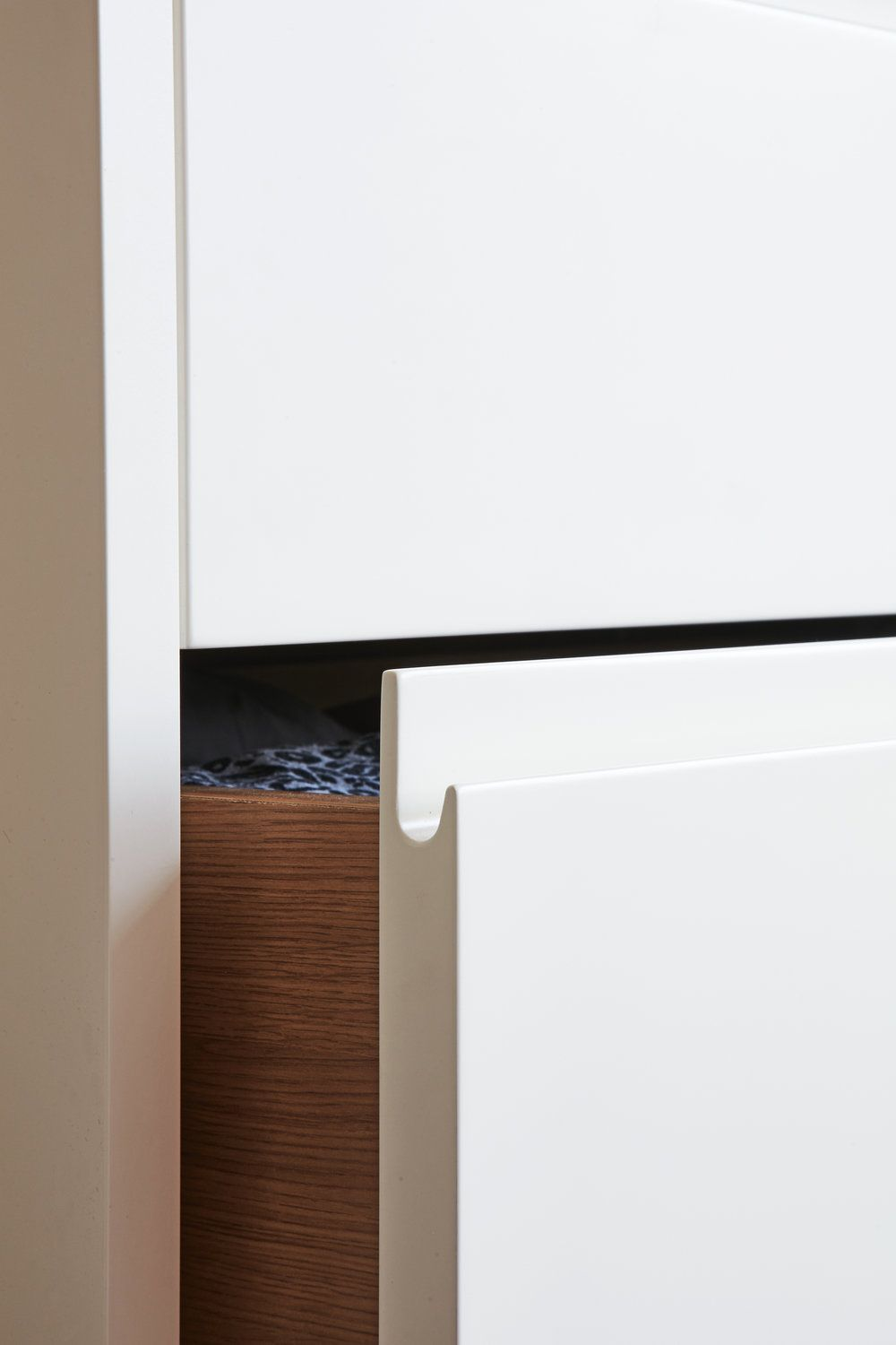 J-pull / routed handle detail | Kitchen handles, Cabinet ...