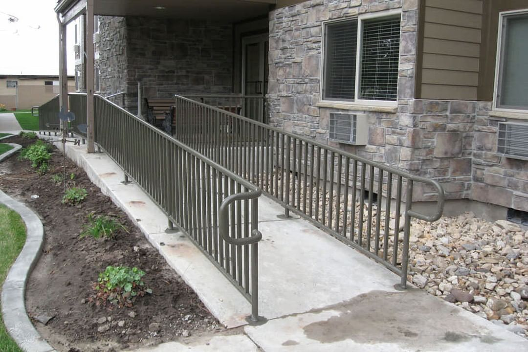 When you own a business, you understand the importance of keeping your customers and clients safe. Our sophisticated hand railing options keep your clients safe while improving the look of your business's exterior!____________________#custom #home #fence #homedecor #landscaping #yard #protection #neighbors #yardwork #neighbor #fences #myyard #utahhomes #fencepost #fencebuilding #fencedesign #utahhomebuilder #fenceinstillation #fenceideas #fencesofinstagram #customfence #utahfences #fencedhome  #