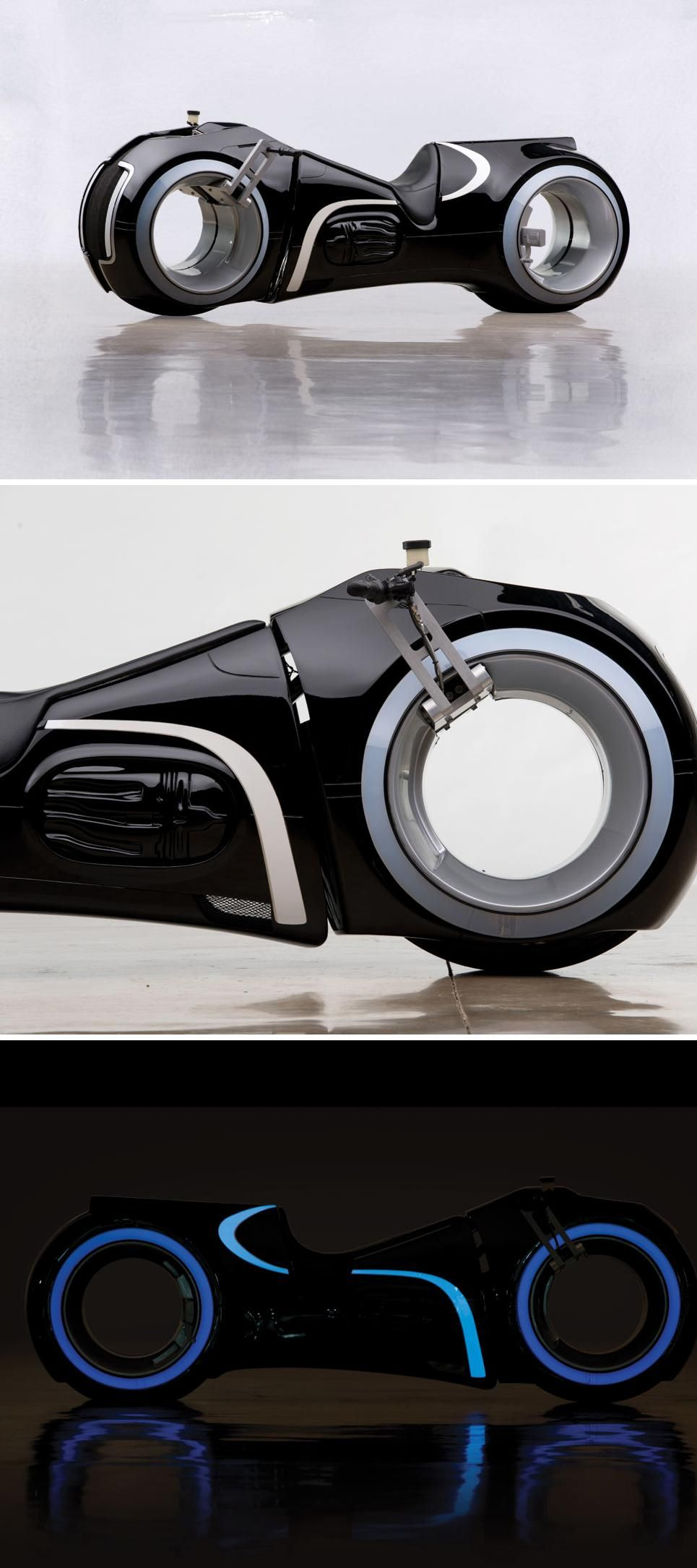 A man in Texas made a working version of the iconic Light Cycle from 2010's Tron reboot