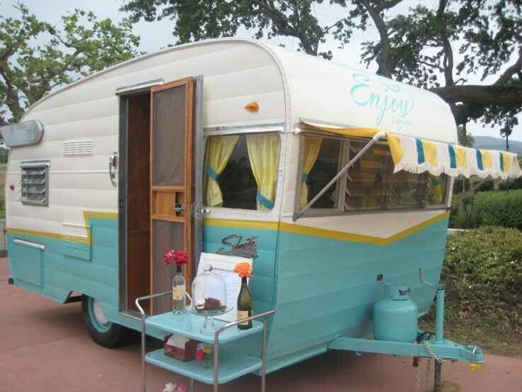 How fun to re-do a vintage camper   Vintage camper, Campister
