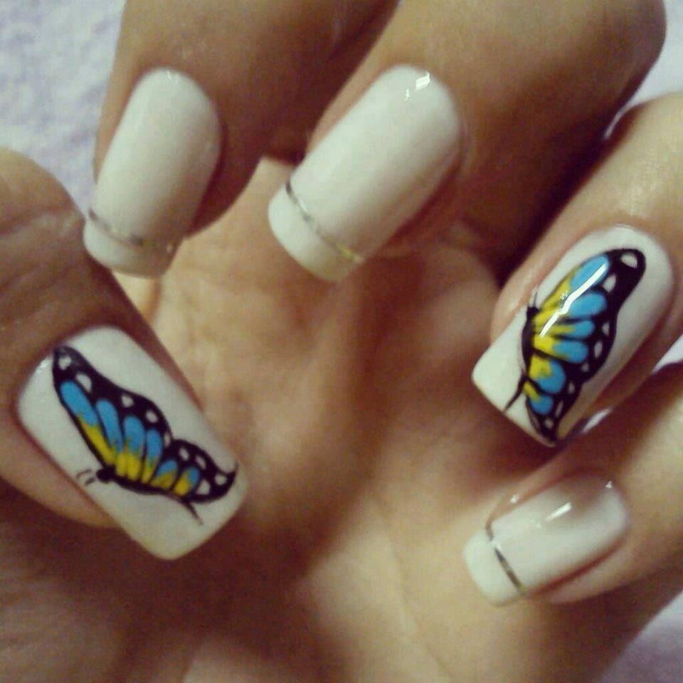 nail art unhas desenhadas decoradas borboleta unhas brancas francesinha fitinha