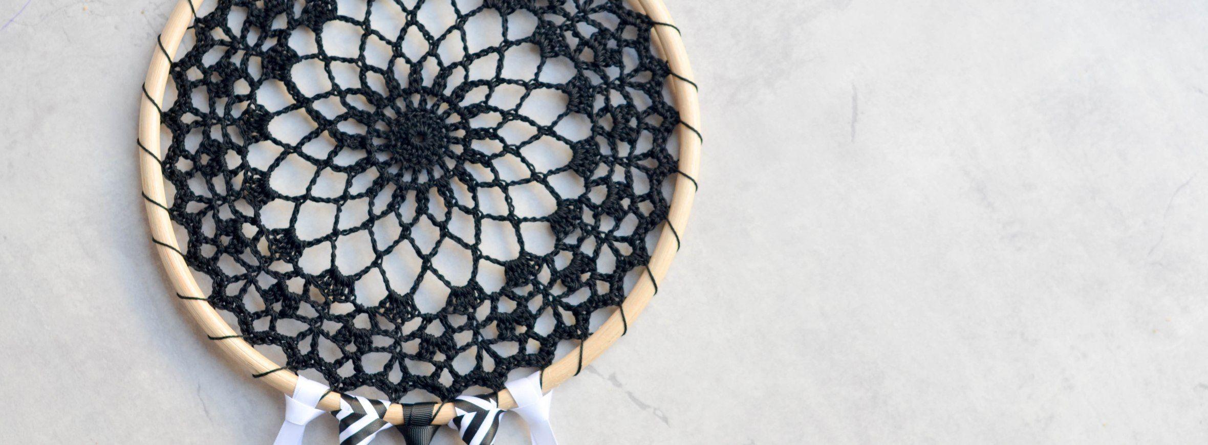 Crochet Dream Catcher – The LOOPY STITCH   crochet 3   Pinterest ...