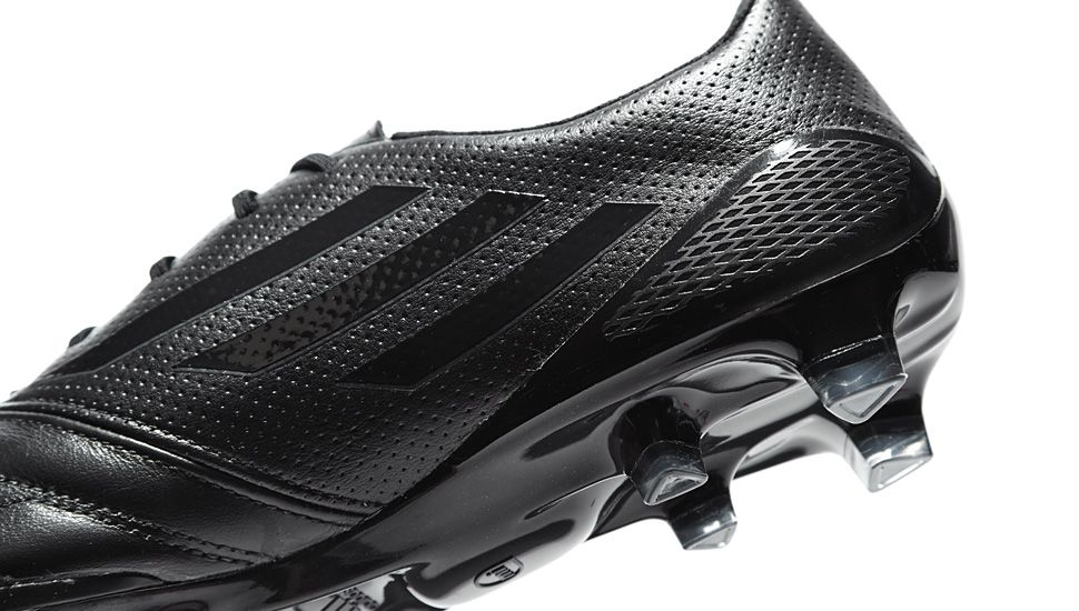 adidas f50 blackout football boots