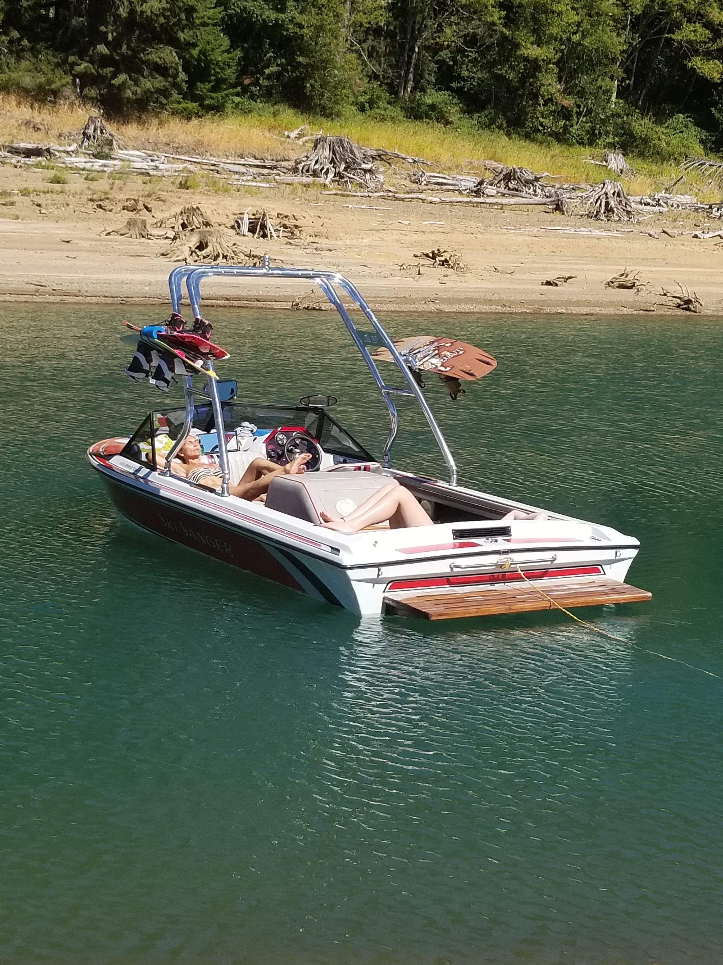 Big Air Cuda Tower With Razor Racks Wakeboarding Malibu Boats Boat Building