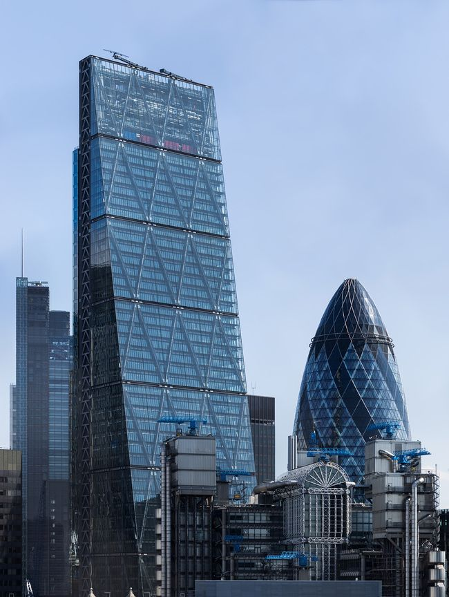Cheesegrater skyscraper loses another bolt – the third one in three months   Gallery   Archinect