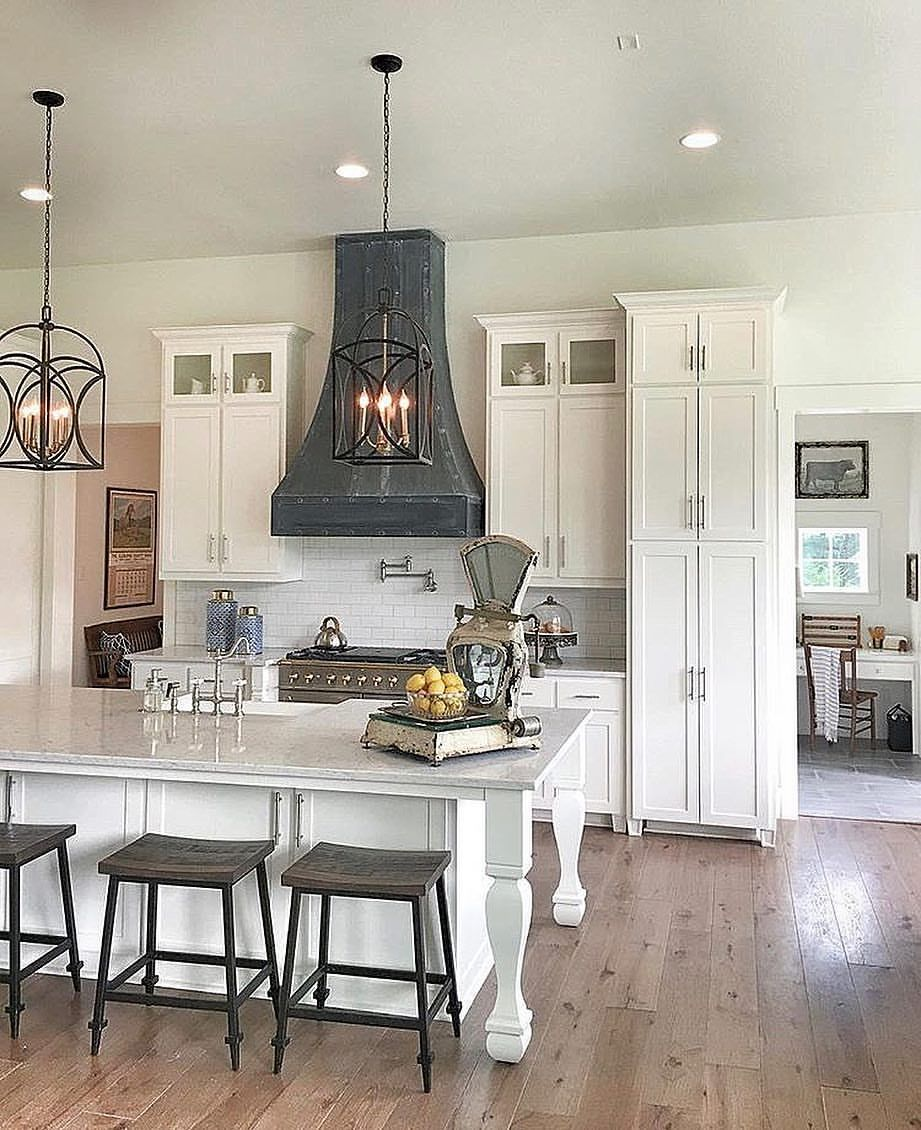 A Beautiful Kitchen Tag Your Bestie Credi Home Kitchens Home Beautiful Kitchens Beautiful kitchens bedrooms and