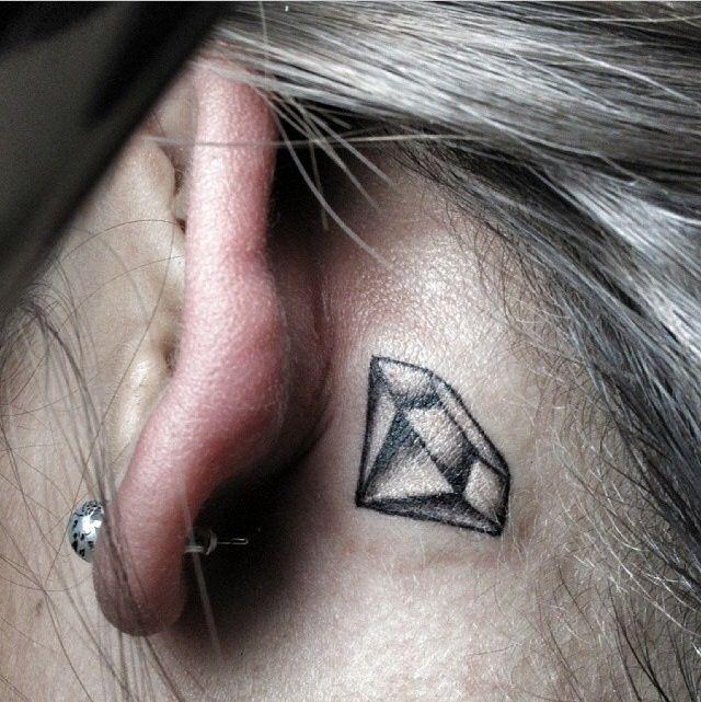 small diamond tattoo | best tattoos | tattoos, diamond tattoos