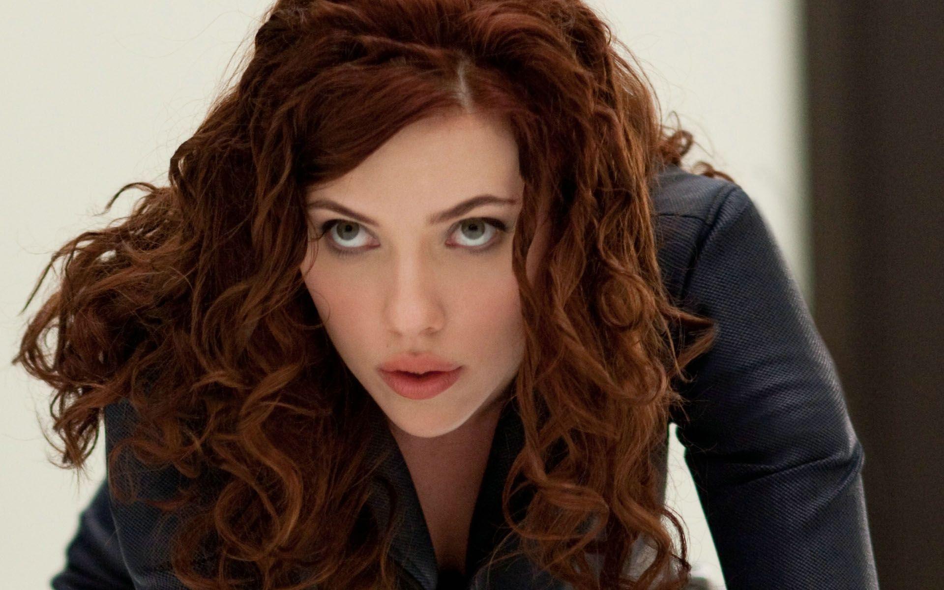 Cabelo De Fio A Fio Em Cada Olhar Eu Vejo Um Elogio Scarlett Johansson Red Hair Red Curly Hair Curly Hair Styles