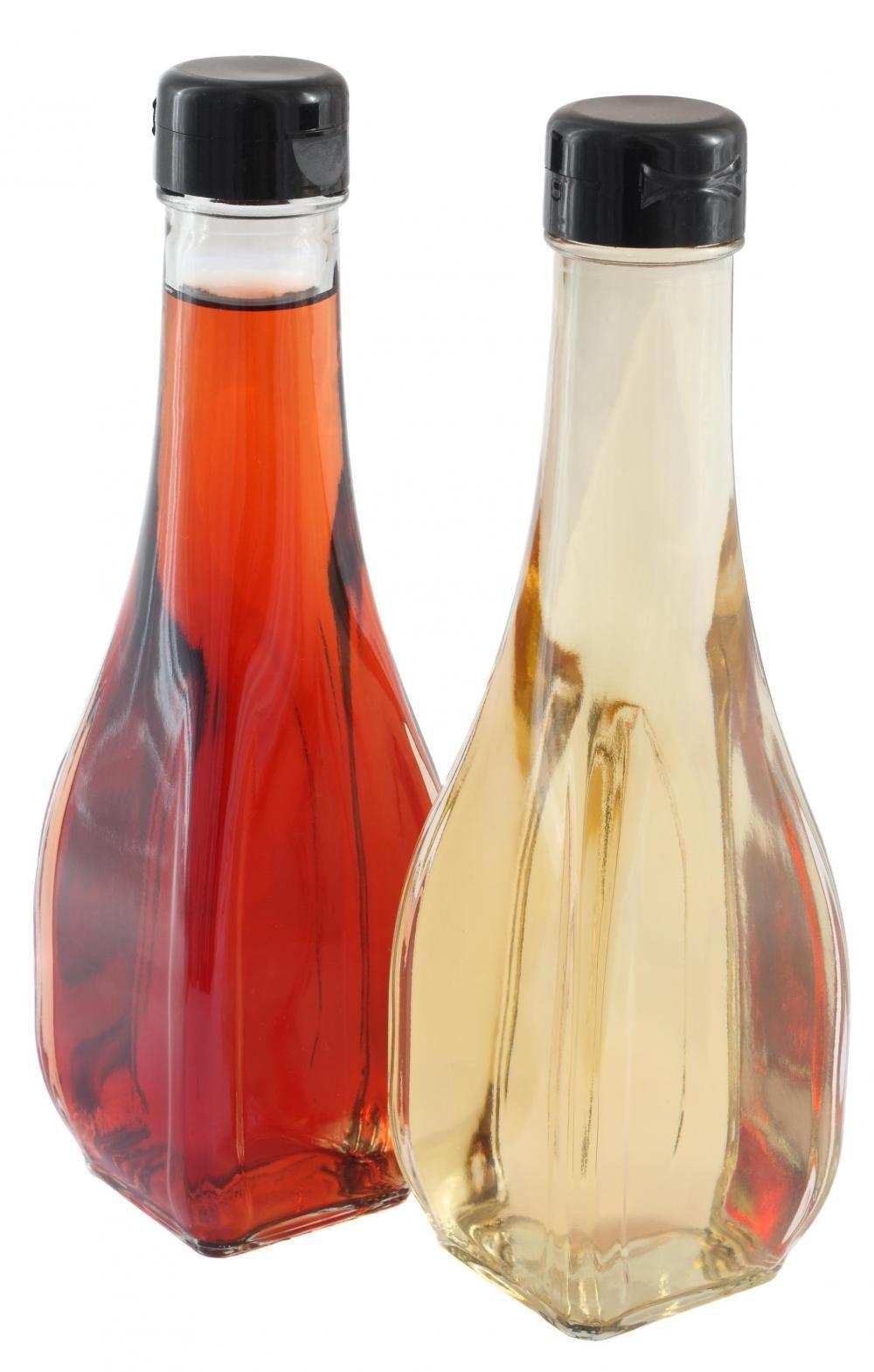 White Vinegar Or Red Wine Vinegar Vinegar For Sunburn Sunburn Treatment Natural Remedies For Sunburn