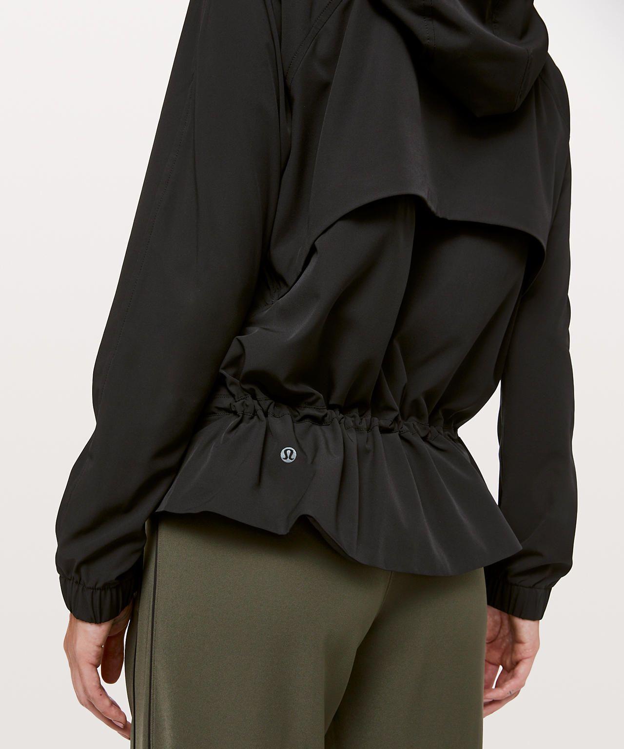 Pack It Up Jacket Women S Jackets Outerwear Lululemon Jackets For Women Outerwear Jackets Women [ 1536 x 1280 Pixel ]