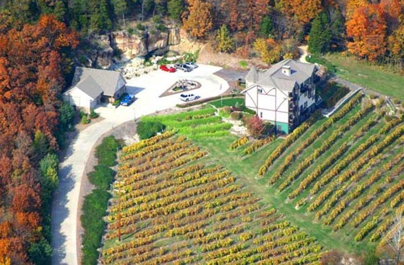 Hermann Hill Vineyard Inn In Hermann Missouri B B Rental Fall Foliage Weekend Trips Trip