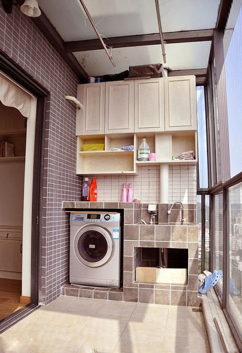 30 Awesome Drying Room Design Ideas
