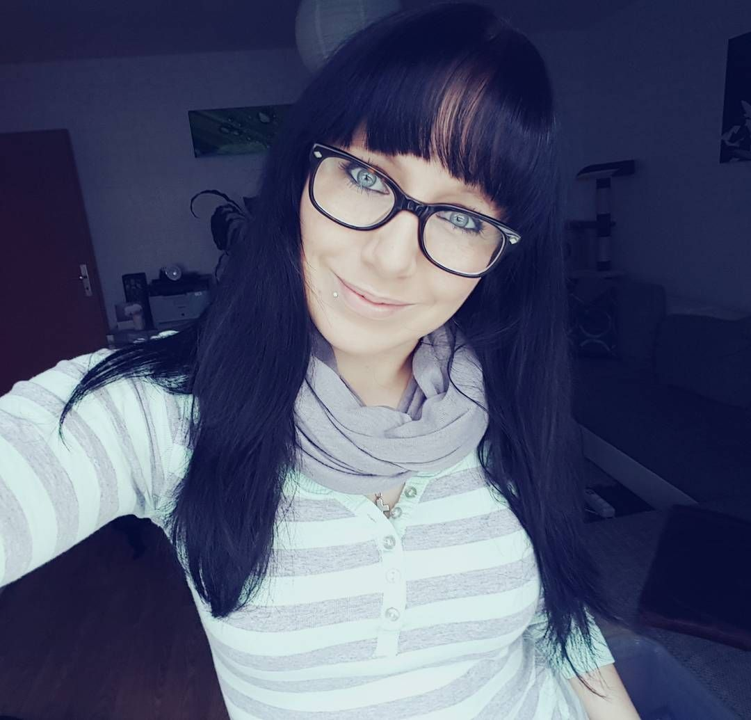 Cool stunning long hairstyles with bangs perfect for this