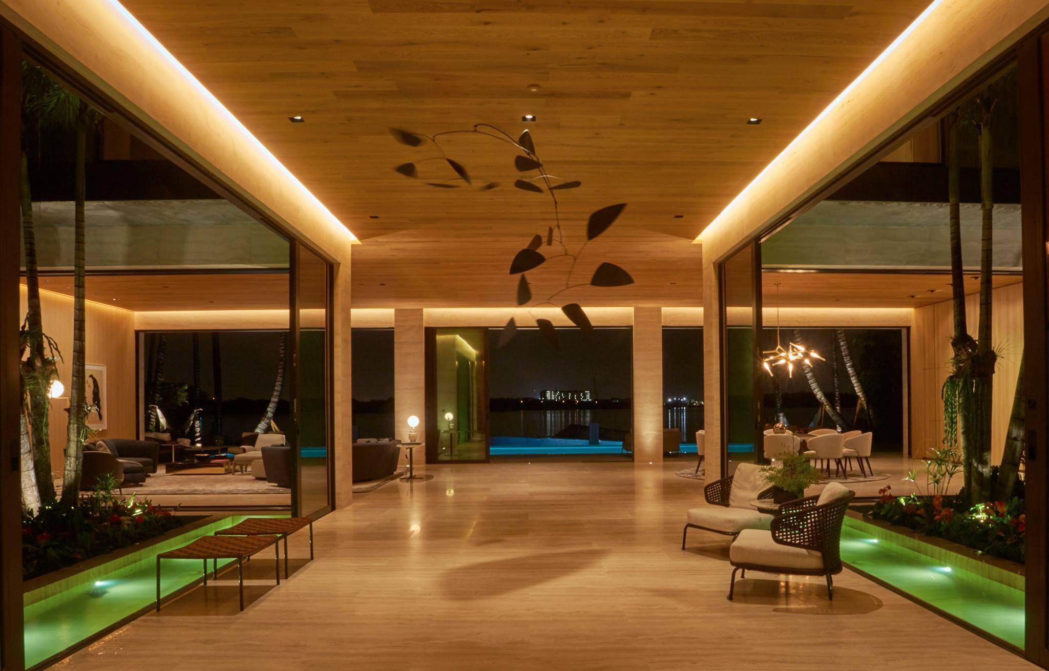 True indoor outdoor living with fleetwood sliding doors by for Koi pool fleetwood