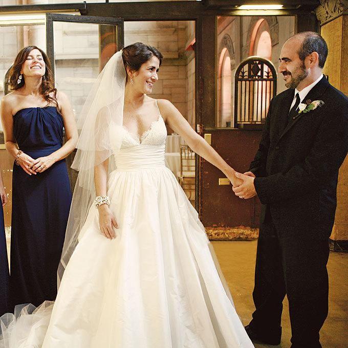 2014 New Arrival White Ivory Spaghetti Strap Wedding Dresses Taffeta Ruffles Lace Sweep Train A-Line Bridal Gowns Custom Made, $103.67   DHgate.com