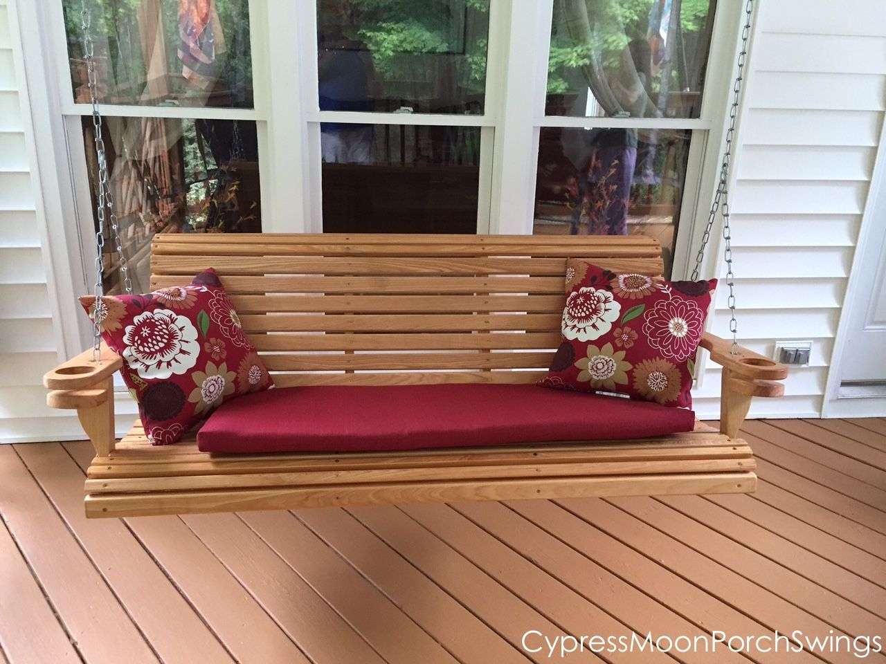 Hereus a ft rollback porch swing that was purchased by the allee