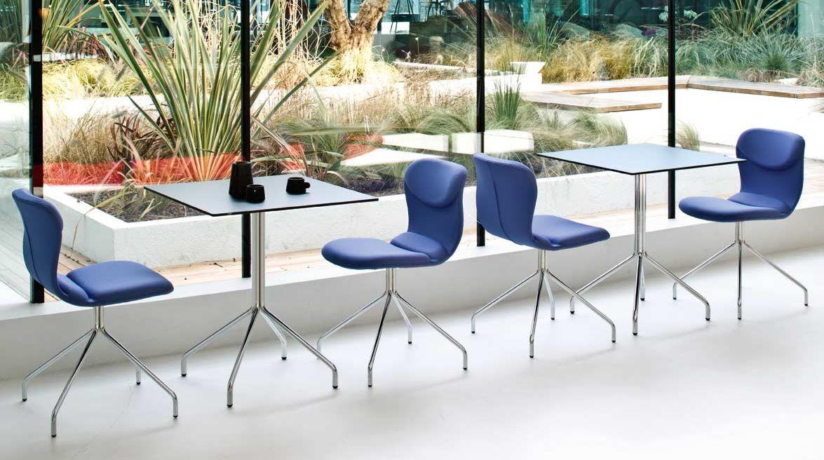 Sedia bar italia disegnata per l 39 arredo bar o ristorante for Sedia design comoda