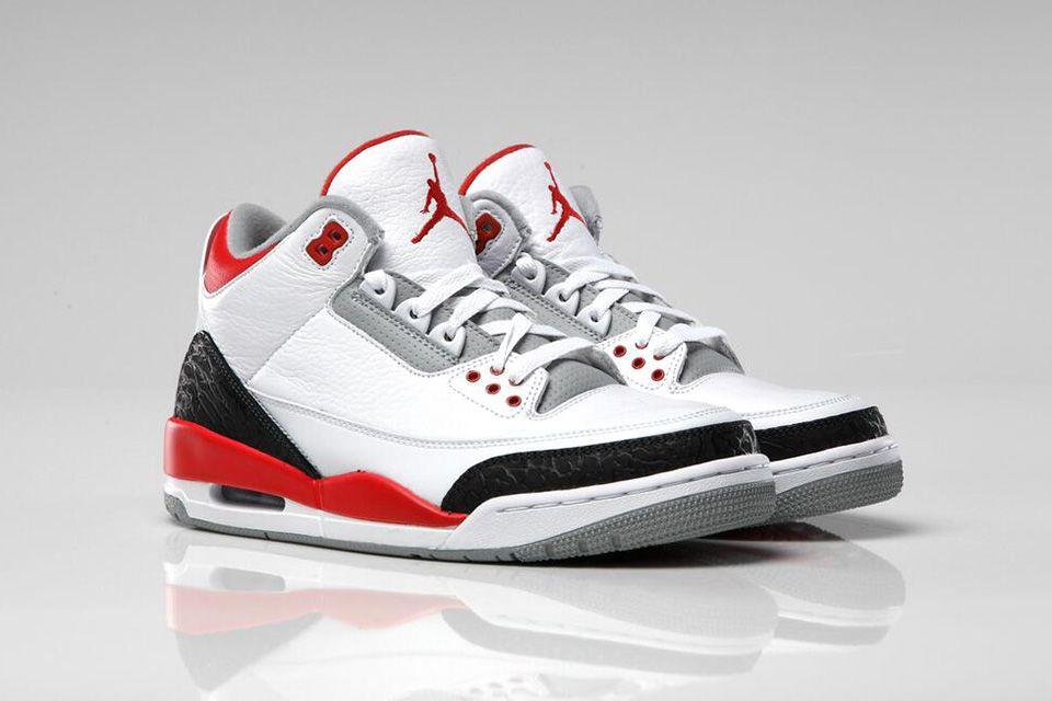 2208d5059573 Air Jordan 3 Retro