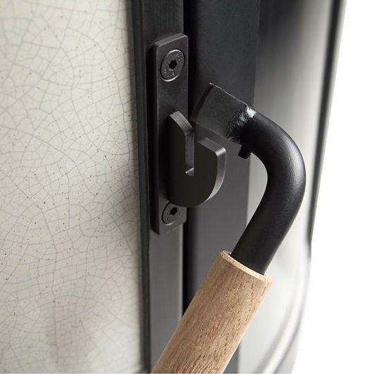 Close up deurhandel van de Bremer Grundofen Keumalit.
