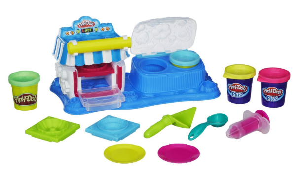 Get this Play-Doh Sweet Shoppe Double Desserts Playset for just $9.19!