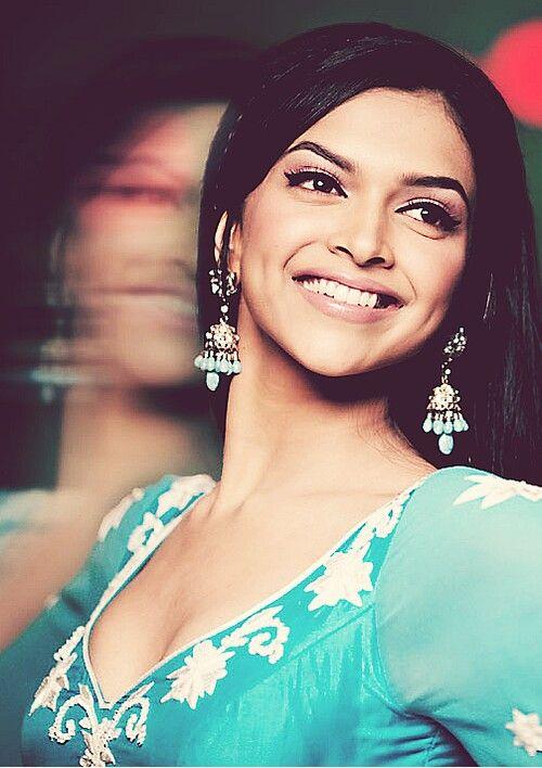 Deepika Padukone In Om Shanti Om Deepika Padukone Bollywood Beauty