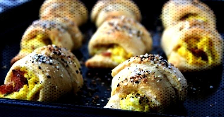 Scrambled Eggs and Bacon Stuffed Crescent Rolls - Ways to my Heart -  Goat Cheese Scrambled Eggs an