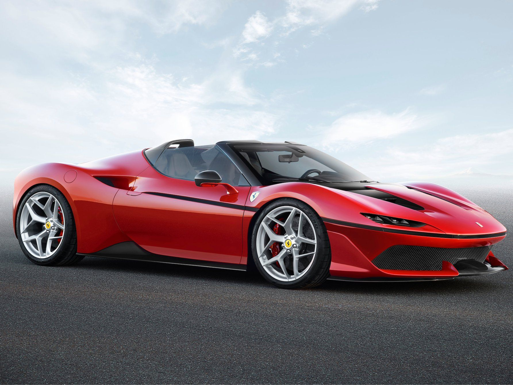 Ferrari S Newest Supercar Looks Absolutely Mesmerizing But It S Only Sold In One Country Ferrari Car New Ferrari Super Cars