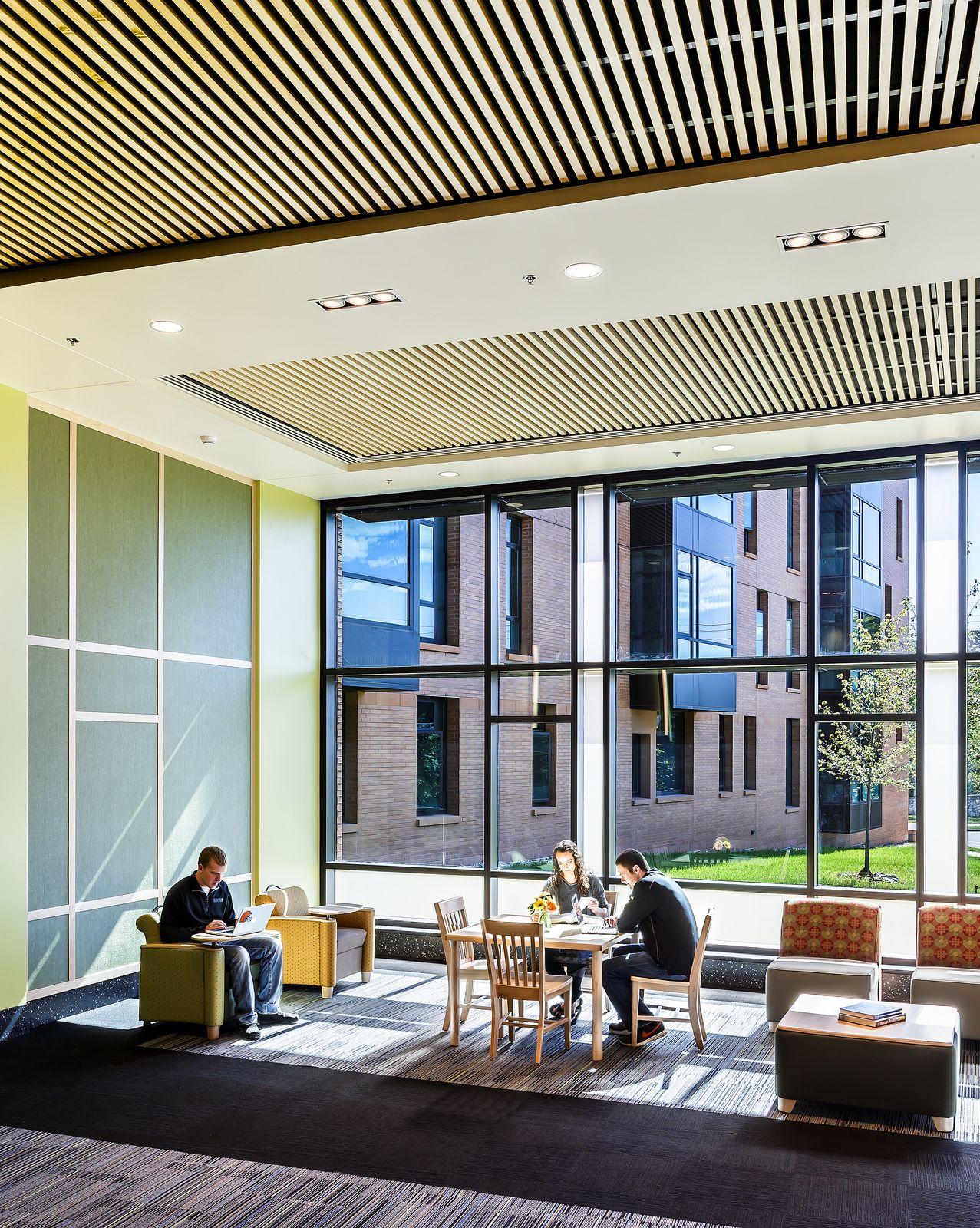 University Of Wisconsin Oshkosh Horizon Village New Residence Hall Study Lounge And Comm Concept Architecture Facade Architecture Architecture Elevation