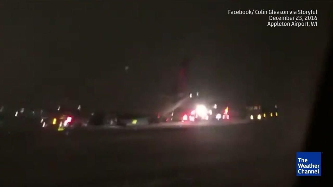 c761d67e Minnesota Vikings Plane Skids off Runway | Words | Minnesota vikings ...