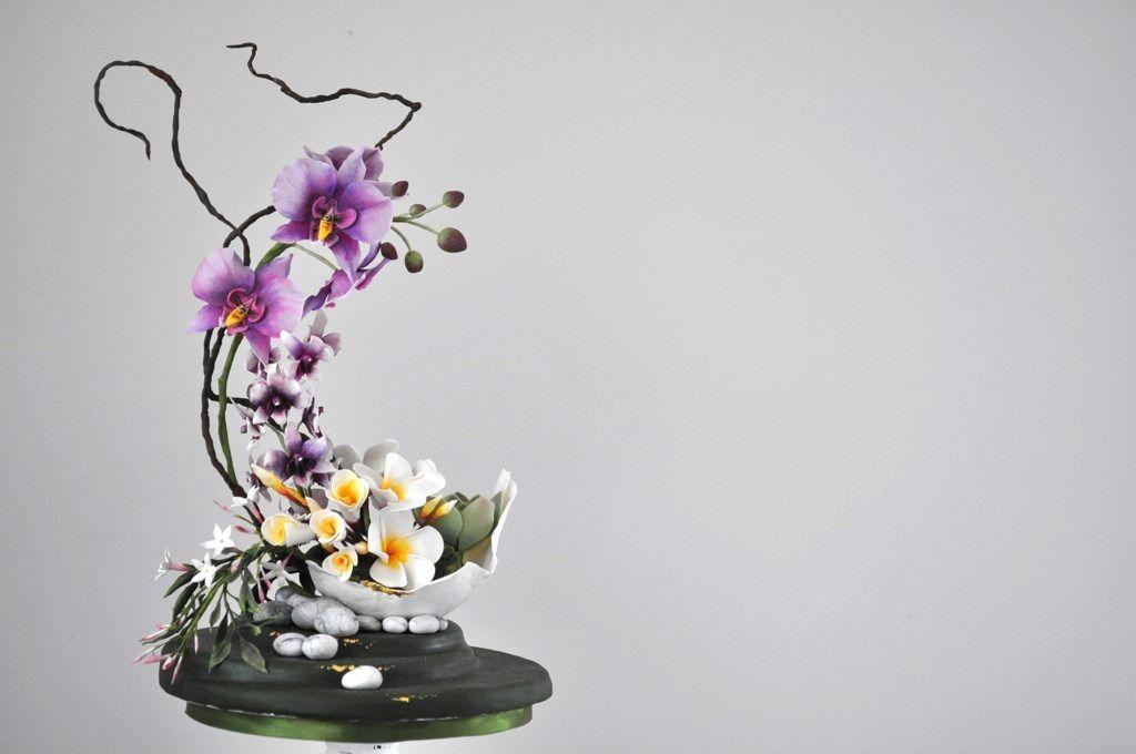 Oriental Inspired Sugar Flower Sculpture | Suiker Bloemen - Taart en Trends 2014 - 2nd prize
