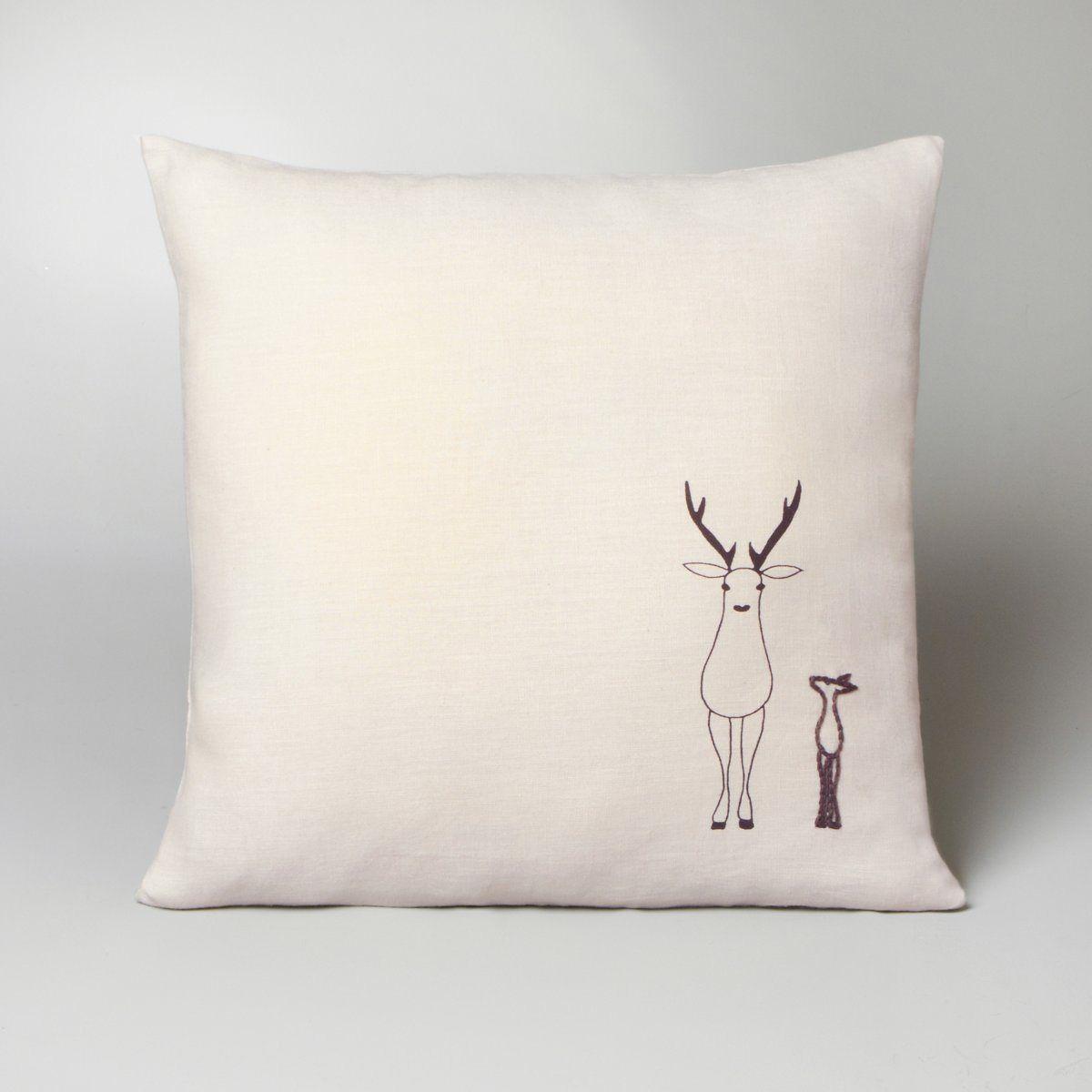 housse de coussin caribou lin brod beige et rose 45x45 lin 25 am pm coussins. Black Bedroom Furniture Sets. Home Design Ideas