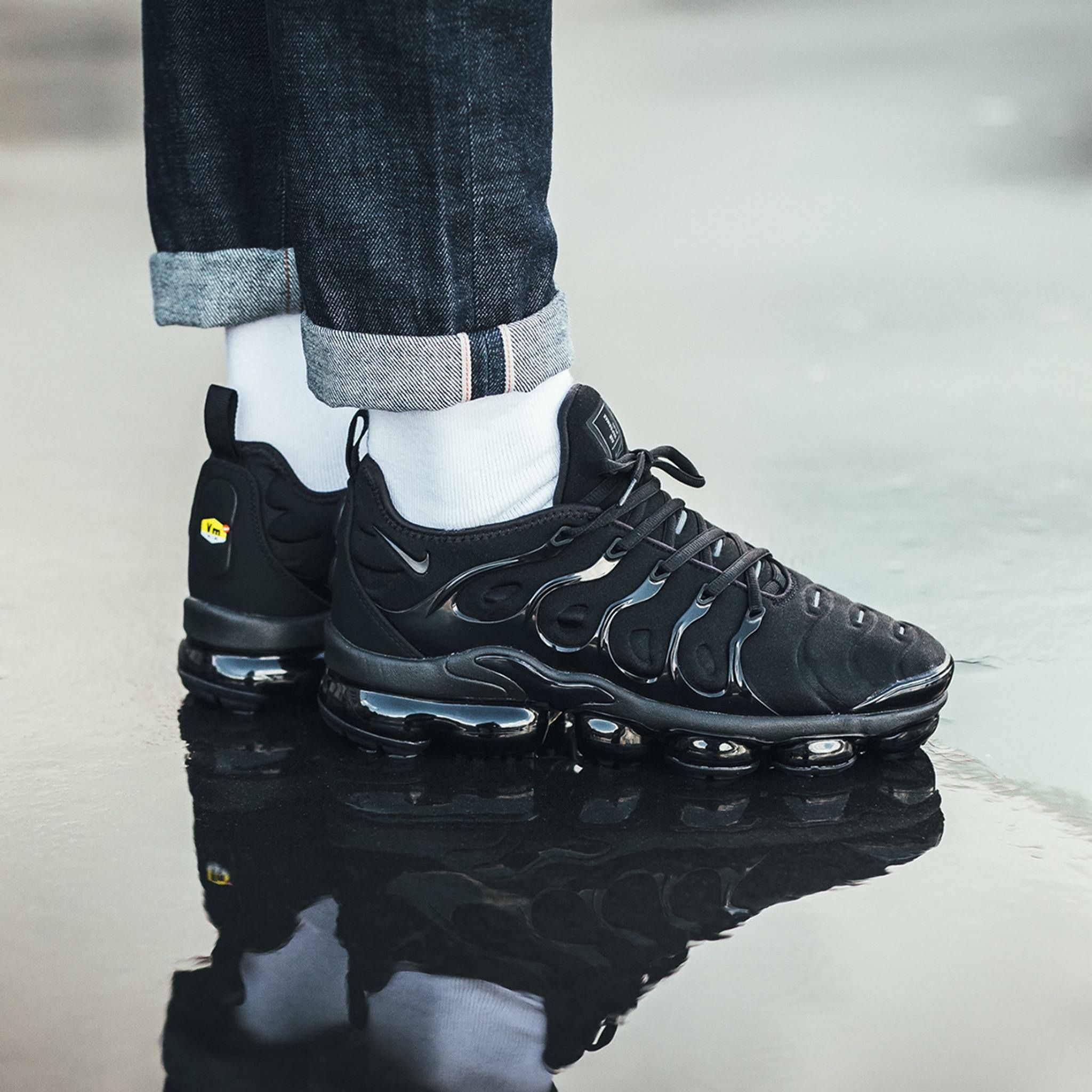 2046087b4ce63 Nike Air Vapormax Plus | Style in 2019 | Sneakers nike, Nike air ...