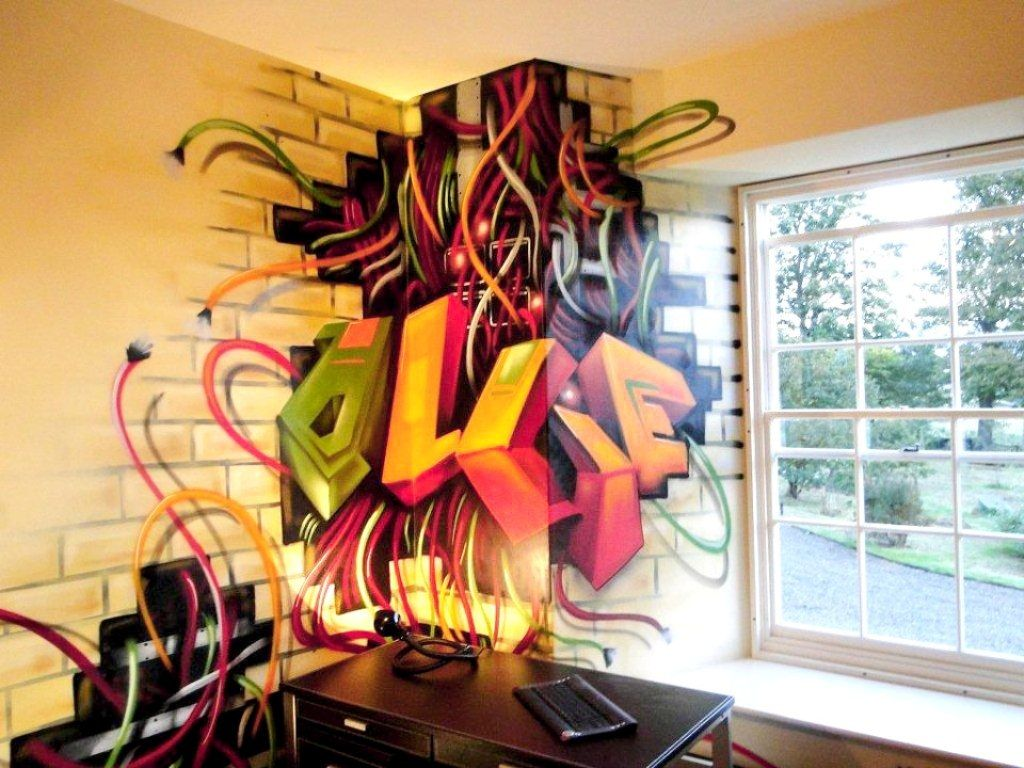 Graffiti art for your home - Fantastic Indoor Graffiti Art For Small Home Office With Pale Yellow Wall Color