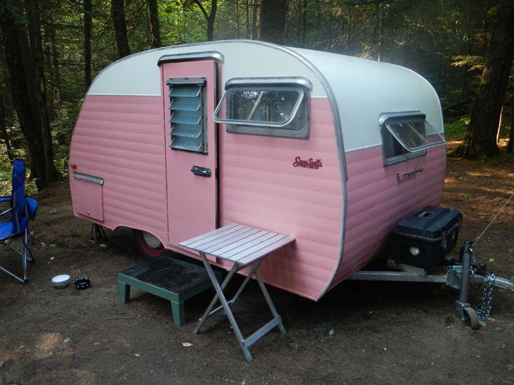 for sale vintage camper trailers trailers magazine travelin pinterest roulotte caravane. Black Bedroom Furniture Sets. Home Design Ideas