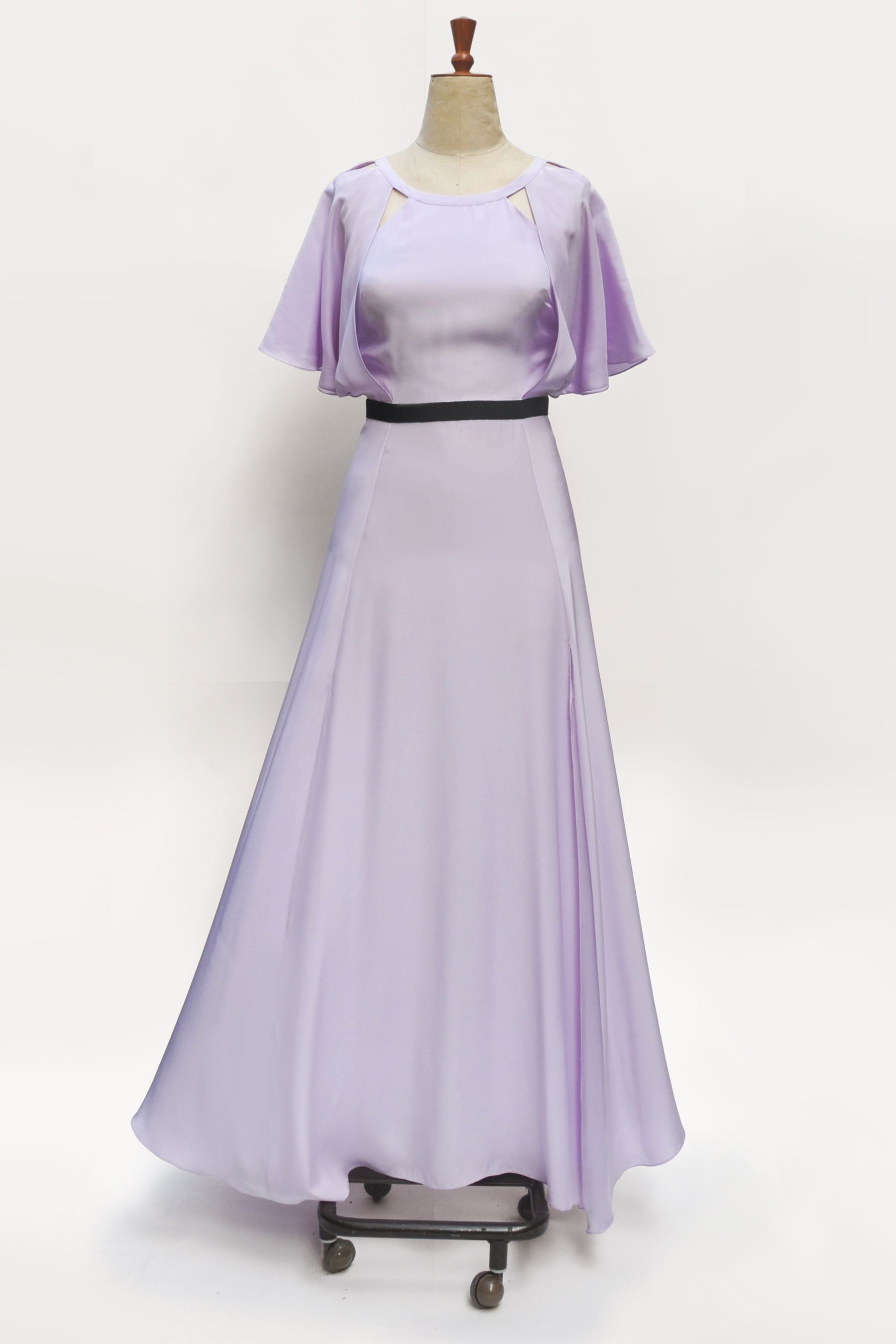 The Long Fade is our favorite grey lavender girl.  http://ashandlight.com/thelongfade.html