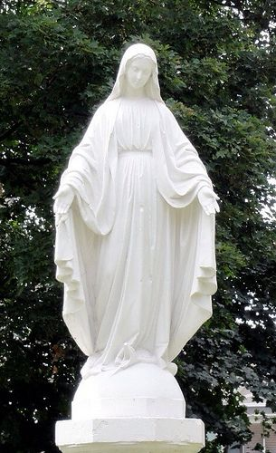 The Virgin Mary Statue....absolute Must For The Garden