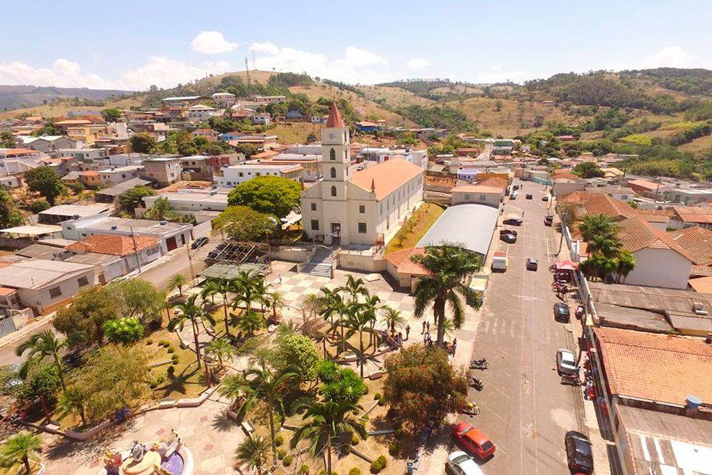 Fortaleza de Minas Minas Gerais fonte: i.pinimg.com