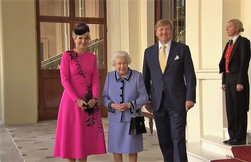 The Queen Bid Farewell To The King And Queen Of The Netherlands At The End Of Their State Visit To The Unit Queen Maxima Of The Netherlands Queen Maxima Formal
