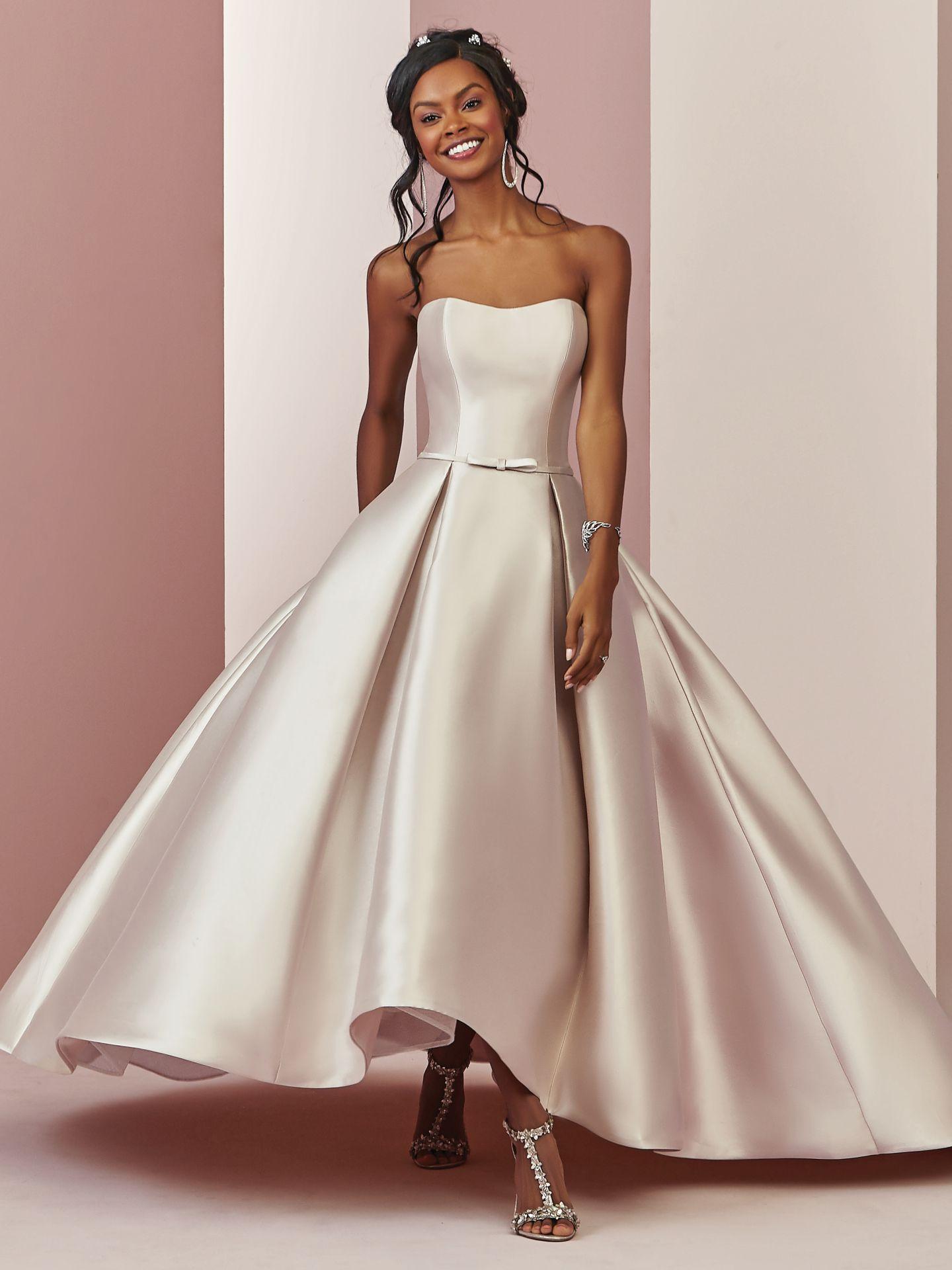 11+ Erica wedding dress info