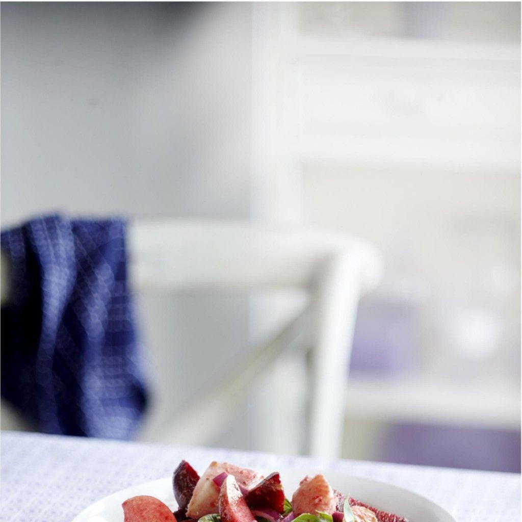 20 minuten. 225 kcal. salade. Bietensalade met gerookte forelfilet en appel - Boodschappen
